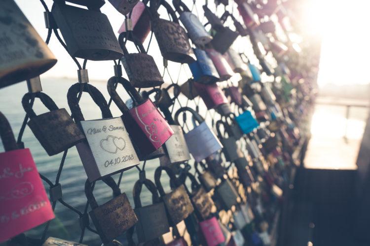Liebesschlösser auf der Seebrücke