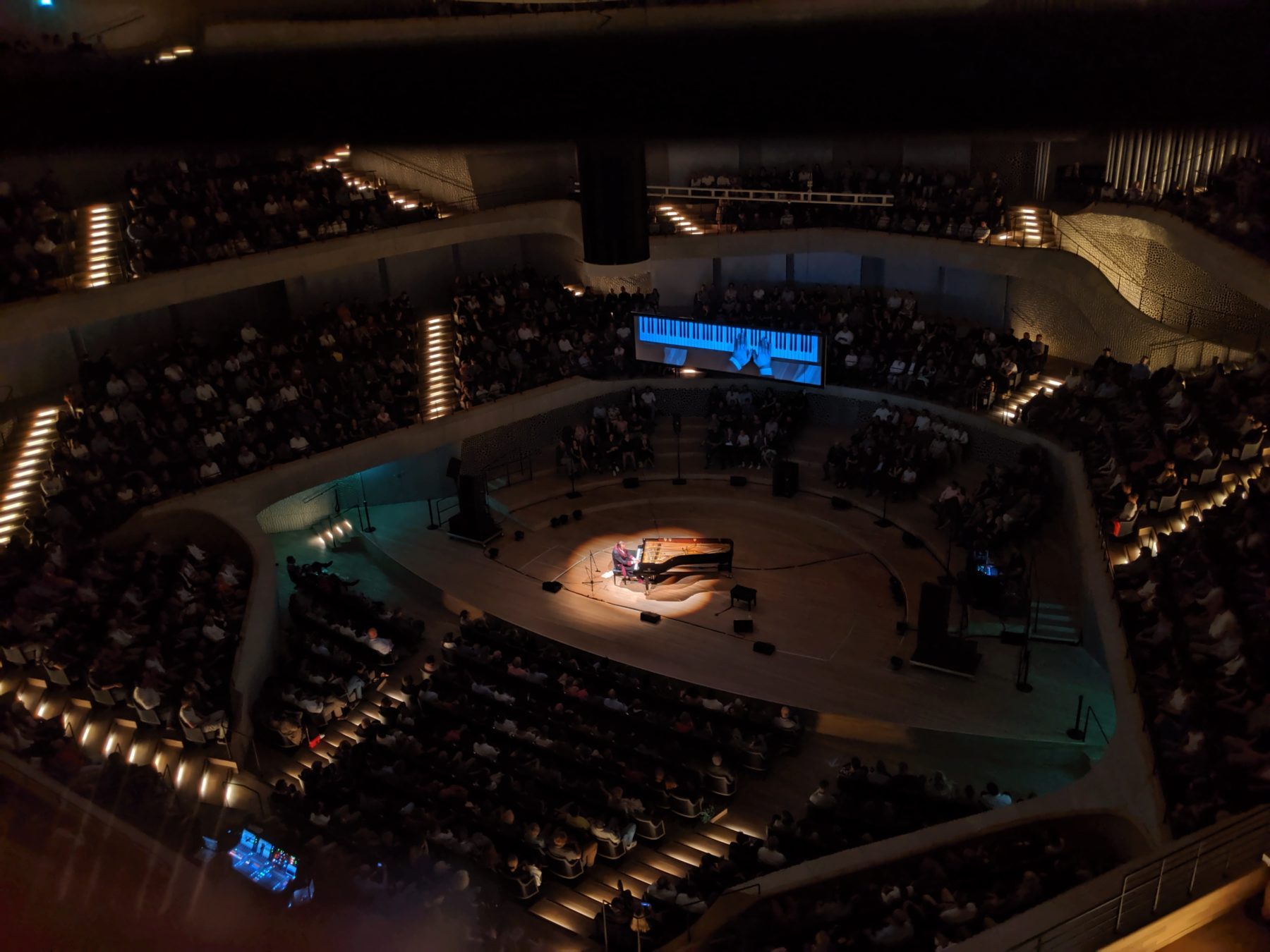 Chilly Gonzales in der Elbphilharmonie